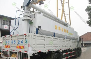 15吨散装德赢vwin米兰运输车(山东客户)
